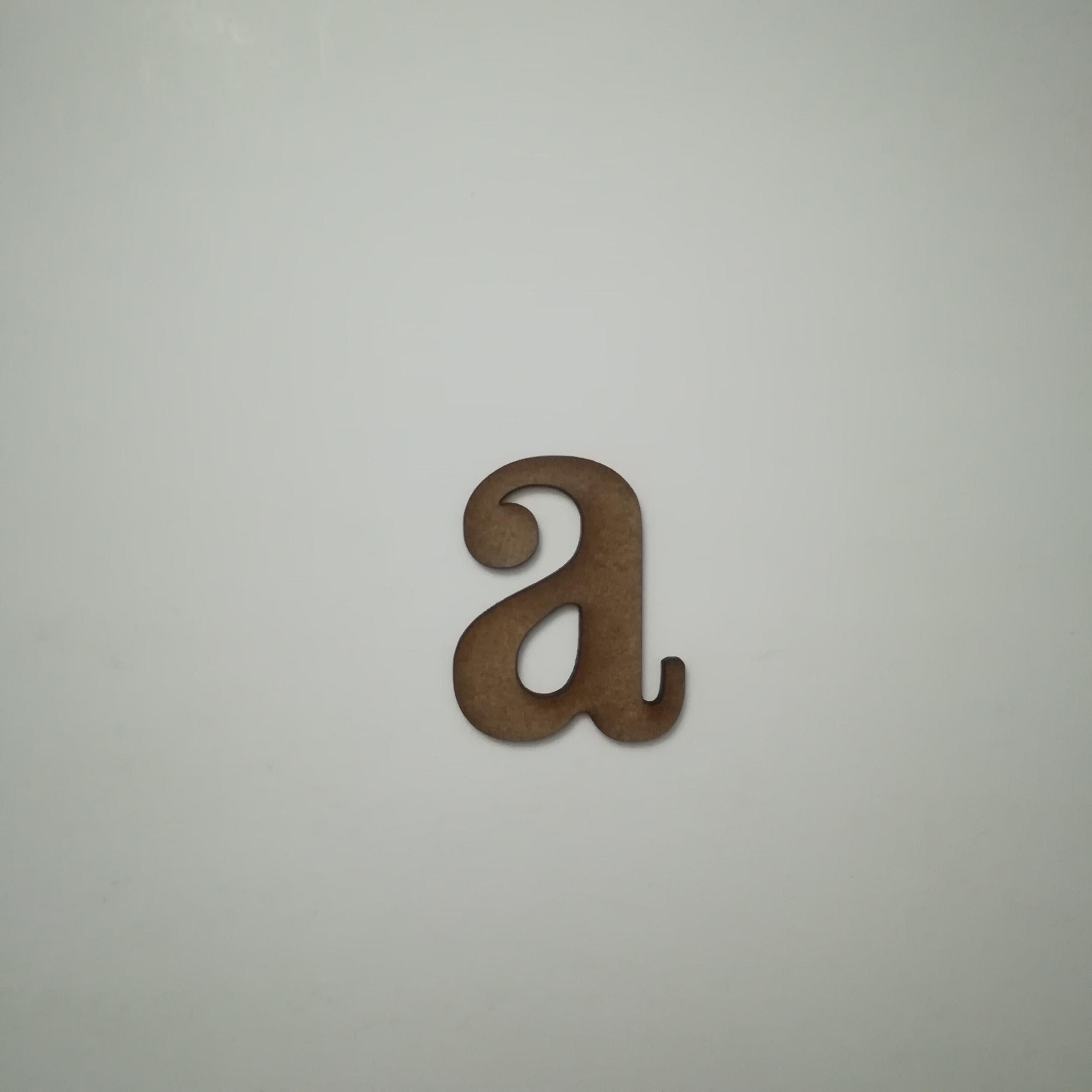 Letra A cuatrotrece minuscula