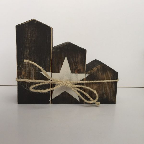 Casitas norteñas de madera natural Chocolate de Estrella