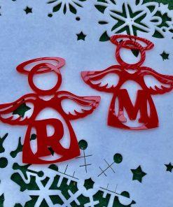 Angelito de navidad de metraquilato rojo