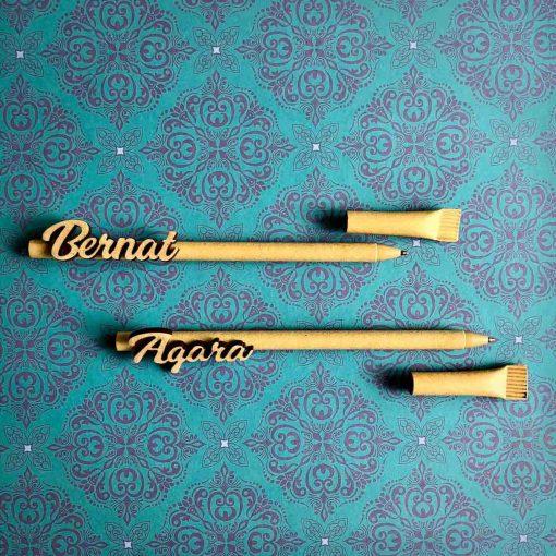 Bolígrafos con nombre de madera